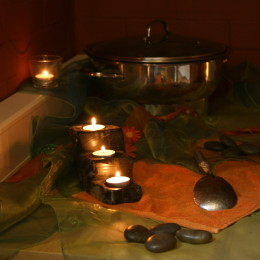 Utensilien für Hot Stone Massage